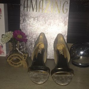Shoes - NWOT Super Summer Sandals—Give In—You Deserve Them
